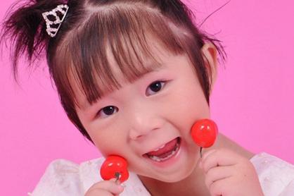 姓谢中间刘女孩怎么起名字 谢和刘怎么给宝宝起名