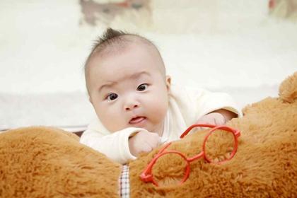 2022年1月出生的宝宝起名 生辰八字起名